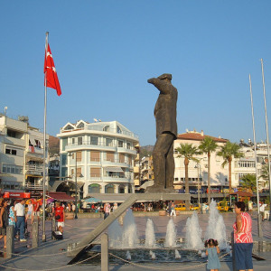 Pomnik Atatürka w Marmaris